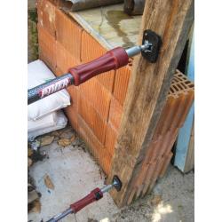 20-55200-250 tornillo banco con mordaza para tubos