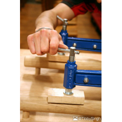 20-711-screw