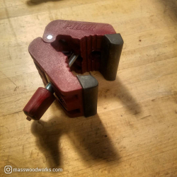 ADAPTER FOR TUBES